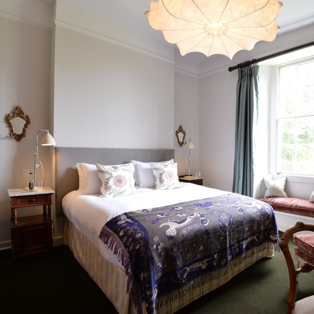 Deluxe family hotel suite at New Park Manor